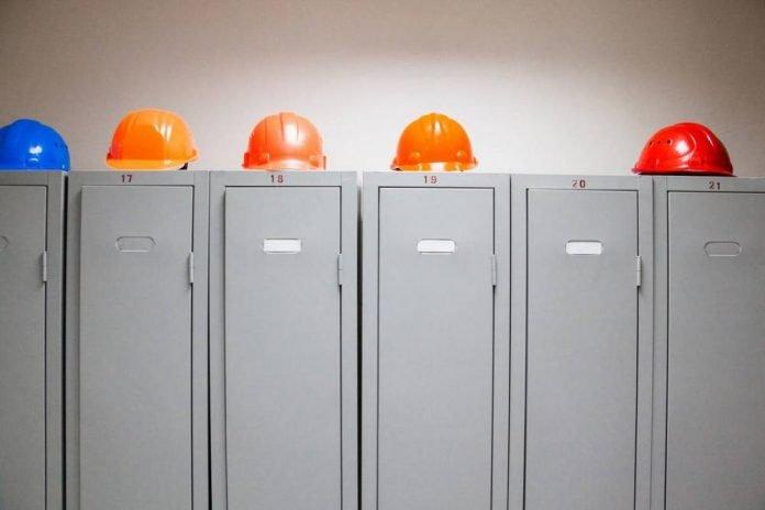 vestiaires industriel avec chauffage intégré
